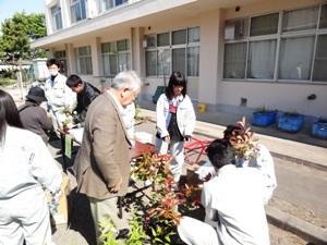羽生実業高校春の園芸即売会